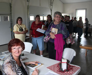 Wanda signing books in Ohio