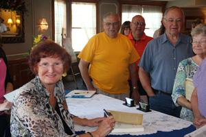 Wanda Signing in Indiana